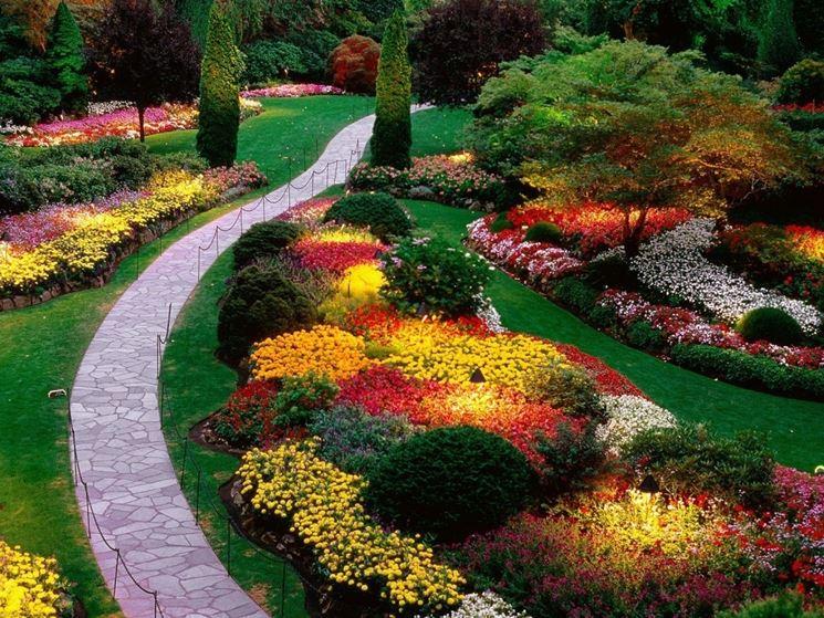 idee per abbellire un giardino