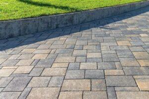 pavimento da giardino senza cemento con sistema autobloccante