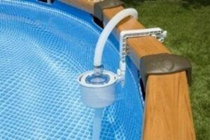 quanto tempo deve restare in funzione il filtraggio acqua della piscina