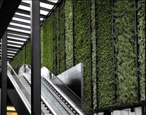 Giardino verticale esterno per stazione