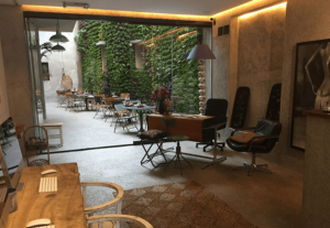 Giardino verticale esterno per ristorante