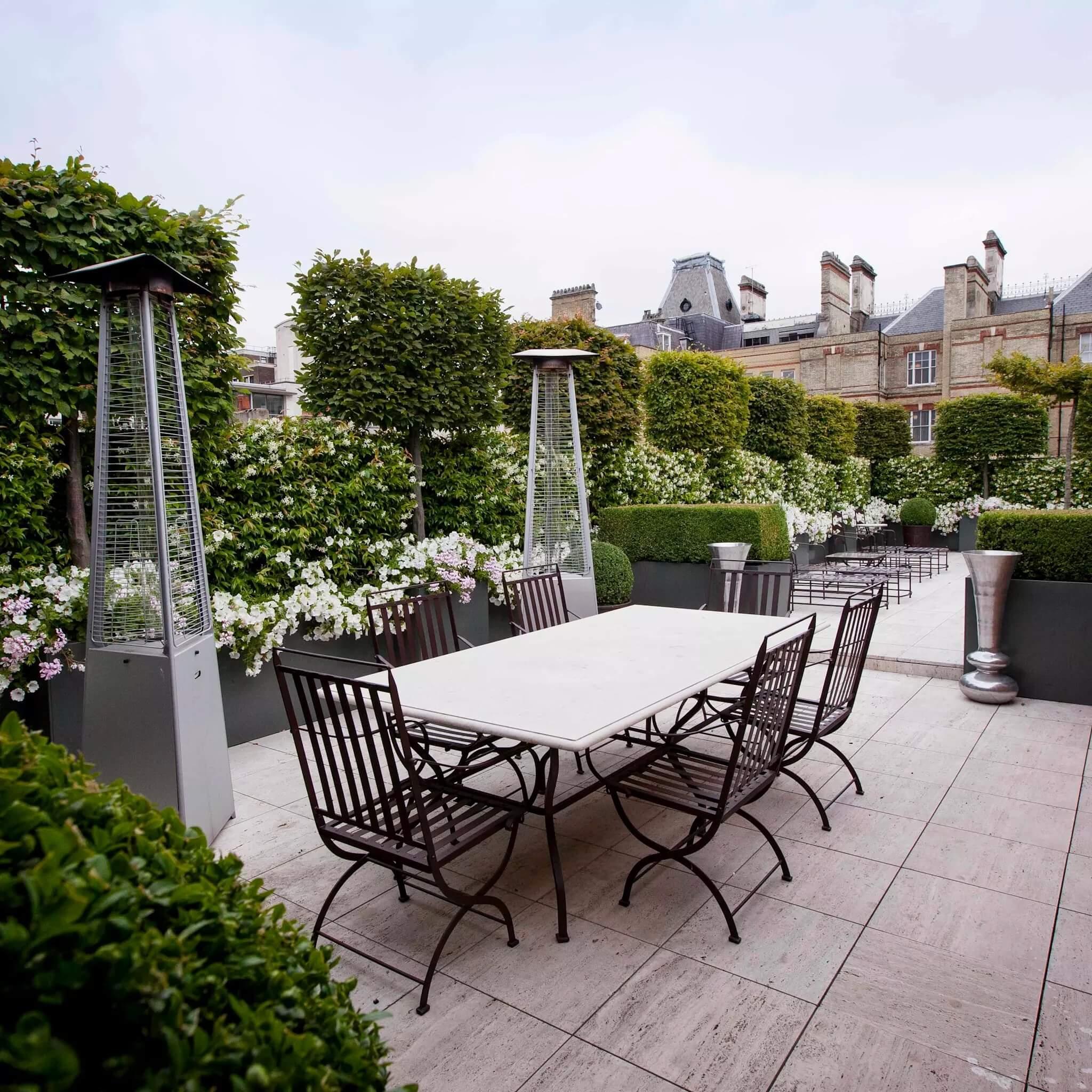 Esempio di giardino pensile per terrazza privata i for Giardino in terrazza