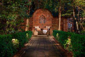 Illuminazione giardino privato